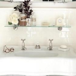 10 способов добавить места для хранения в маленькой ванной