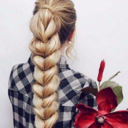 Коса из хвостиков: романтично и нежно