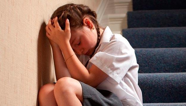 Тревожность у ребенка: в чем виноваты родители